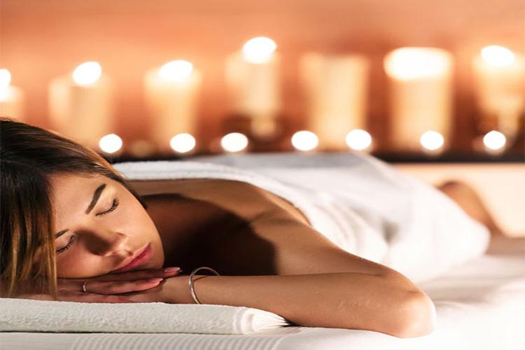 Zalety masażu – Masaż leczniczy, relaksacyjny, tantryczny i ich korzyści